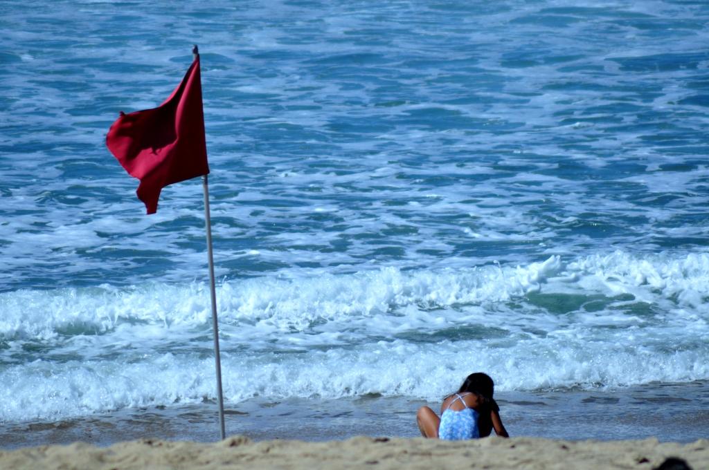 A la orilla del bravo mar, playa de la Zurriola