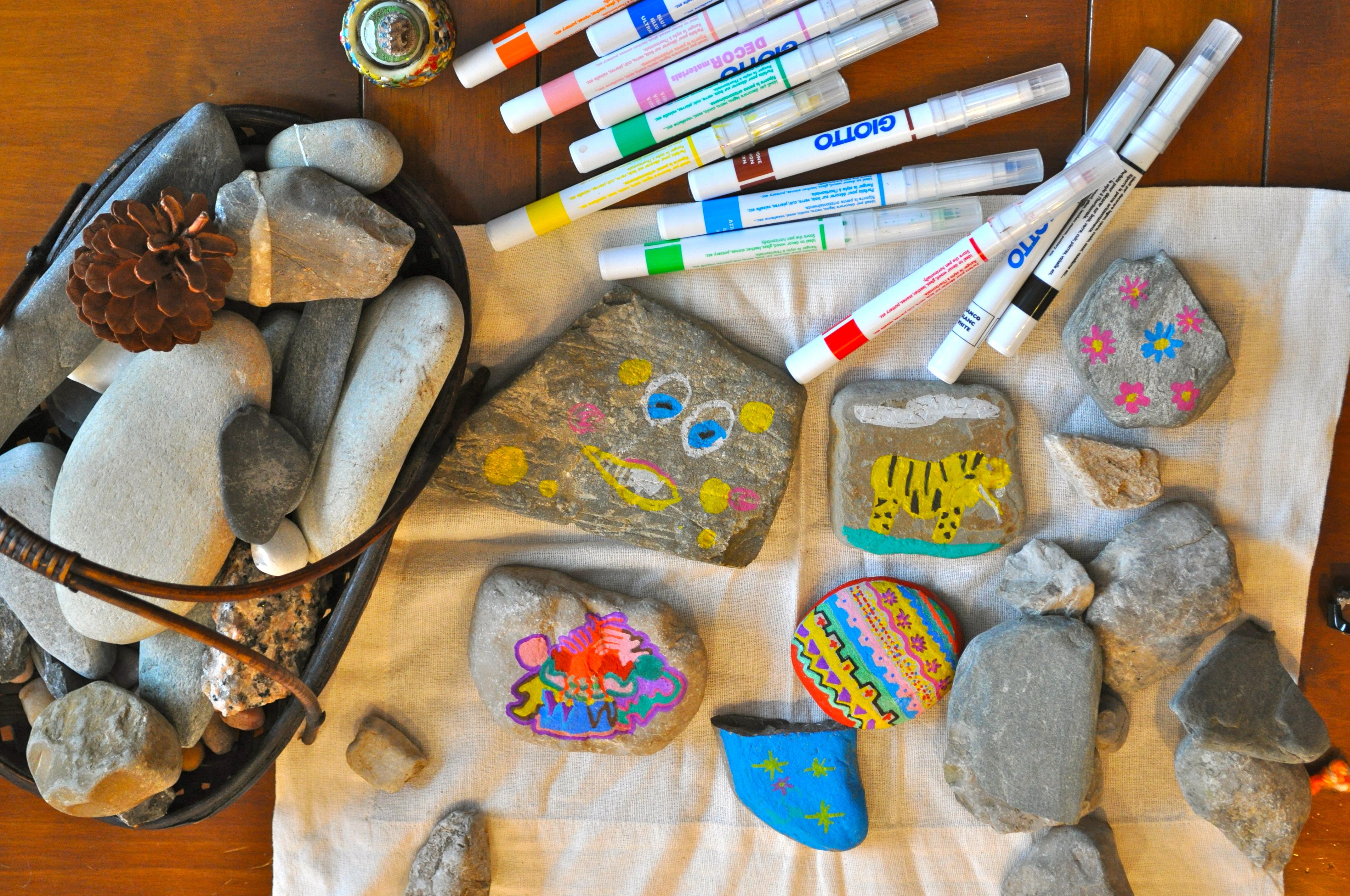 Proyecto craft pintar piedras cuaderno de retazos for Pintura para pintar piedras