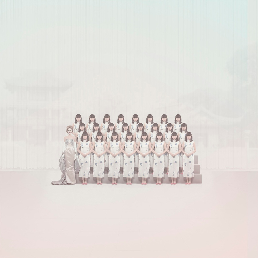 QUENTIN_SHIH_ShanghaiDreamers_withDiorModel_3