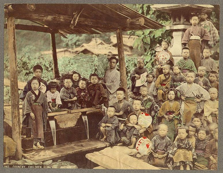 774px-Country_Children_Kusakabe_Kimbei